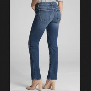 GAP 1969 Med Wash Real Straight Sz 32 - 14